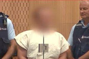 CLIP: Sát thủ vụ xả súng ở New Zealand ra hầu tòa