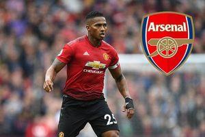 Arsenal gây sốc với ý định tậu thủ quân M.U