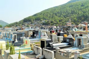 Bình Định: 'Phớt lờ' lệnh cấm, dân vẫn chôn cất tại Nghĩa trang Quy Nhơn