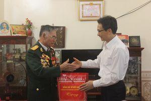 Phó Thủ tướng Vũ Đức Đam thăm, làm việc và dự Lễ hội Hoa Ban tại tỉnh Điện Biên
