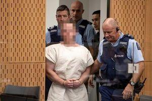 Nghi phạm xả súng giết người hàng loạt ở New Zealand hầu tòa