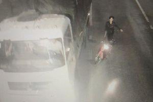 Nhóm côn đồ cầm dao dọa chém tài xế xe tải trong hầm BOT ở Huế