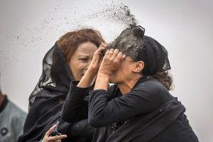 Thử ADN chậm, thân nhân vụ Ethiopian Airlines nhận 1 kg đất để an táng