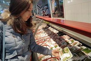 Được pháp luật bảo vệ, người tiêu dùng vẫn 'thỏa hiệp' để tránh phiền