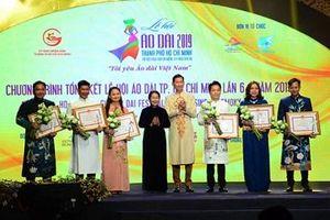 Lan tỏa giá trị, cảm hứng về áo dài Việt Nam