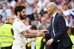 Tin vào 'công thần', Zidane ra mắt bằng chiến thắng