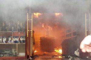 Khách sạn ở Hải Phòng cháy lớn, 1 nữ nhân viên tử vong