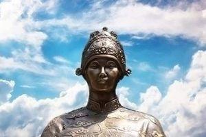 Ai là bà hoàng đức cao vọng trọng, quyền uy bậc nhất triều Nguyễn