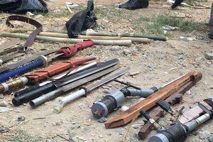 Cảnh sát bắt giữ hai băng nhóm mang hung khí hẹn 'huyết chiến'