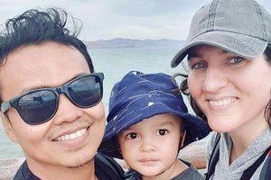 Cậu bé 2 tuổi sống sót thần kỳ trong cơn mưa đạn tại New Zealand