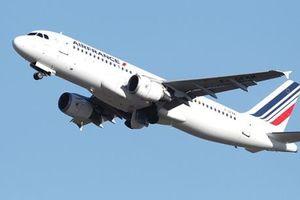 Hai máy bay chở khách suýt va chạm trên bầu trời Ấn Độ