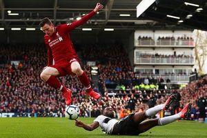 Vượt mặt Man City, Liverpool lấy lại ngôi đầu Premier League