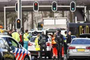 Nổ súng tại Hà Lan có 'động cơ khủng bố', nhiều người bị thương