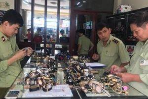 Hơn 3.000 đồng hồ 'hàng hiệu' bị bắt giữ: Giật mình con số 80% trên thị trường là hàng 'fake'