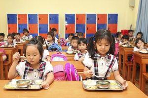Hà Nội: Trường học tăng cường giám sát an toàn thực phẩm trong bữa ăn bán trú
