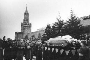 Ảnh hiếm khó quên về tang lễ của nhà lãnh đạo Stalin