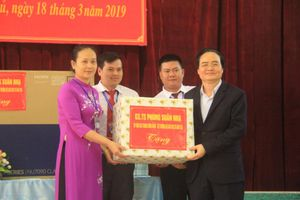 Bộ trưởng Phùng Xuân Nhạ: Mong các thầy cô đấu tranh quyết liệt với bệnh thành tích trong giáo dục