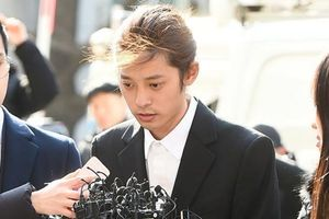 Jung Joon Young đối mặt án tù 7 năm rưỡi vì bê bối tình dục