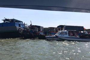 Tàu chìm trên sông Gò Gia, 1 người mất tích