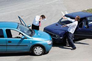 Kinh nghiệm phát hiện xe ô tô 'tút lại' sau tai nạn