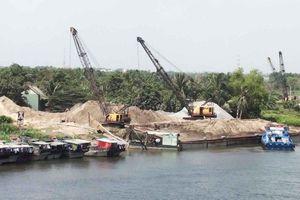 Xã Đông Thạnh (Hóc Môn – Tp. Hồ Chí Minh): Tràn lan bến bãi tập kết VLXD hoạt động gây ô nhiễm môi trường