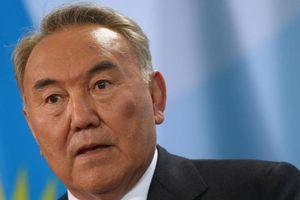 Tổng thống Kazakhstan từ chức sau gần 3 thập niên cầm quyền