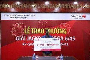 Khách hàng Cần Thơ và TP Hồ Chí Minh chung vui với giải Jackpot tiền tỷ