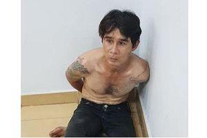 Người đàn ông nước ngoài phóng xe máy cướp điện thoại trên đường TP HCM