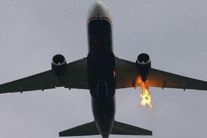 Máy bay Iran bất ngờ phát hỏa, 100 hành khách vẫn an toàn