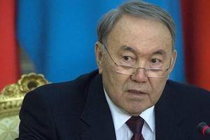 Tổng thống Kazakhstan từ chức sau 30 năm cầm quyền