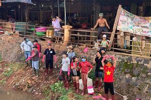 Trào lưu dọn rác của giới trẻ 'biến hóa' con kênh ô nhiễm nặng của Bình Phước trở nên xanh sạch khiến cộng đồng mạng tấm tắc khen ngợi