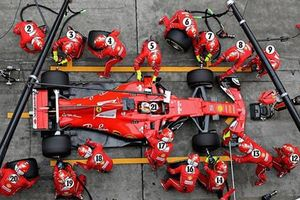 Những người hùng thầm lặng trong đội đua F1, họ là ai?