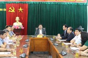 Thứ trưởng, Phó Chủ nhiệm Y Thông gặp mặt Đoàn đại biểu HĐND huyện Sông Hinh, tỉnh Phú Yên