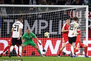 Đội tuyển Đức vất vả giành trận hòa trước Serbia