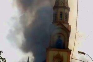 Cháy lớn tại nhà thờ Thọ Vực ở Hà Tĩnh