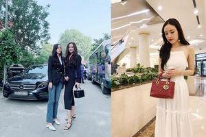Em gái hoa hậu Mai Phương Thúy ăn mặc sành điệu chẳng kém chị gái