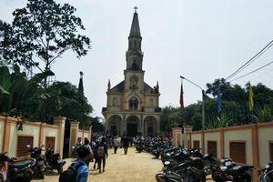 Hà Tĩnh: Nhà thờ Thọ Vực bị cháy lớn