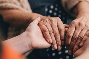 Chẩn đoán sớm bệnh Parkinson qua mùi cơ thể