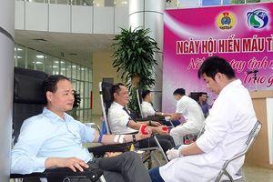 Tổng cục KTTV: Hơn 100 người tham gia Ngày hội Hiến máu tình nguyện năm 2019