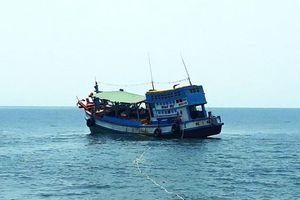 Cứu kịp thời 8 người gặp nạn trên biển