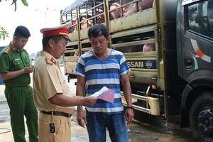 Lực lượng Công an phối hợp ngăn chặn dịch tả lợn Châu Phi lây lan