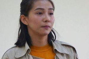 Diễn viên Lưu Đê Ly xưng 'mày - tao', nói tục, quát tháo giữa tòa
