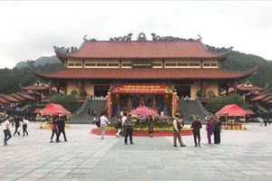Vụ 'thỉnh vong báo oán' chùa Ba Vàng: Đề nghị sớm triệu tập bà Yến