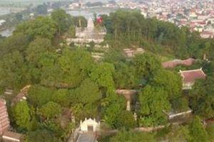 Ngôi chùa không có hòm công đức, cấm đặt tiền lễ Phật