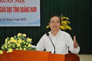 Bộ trưởng Phùng Xuân Nhạ: Sắp xếp trường lớp đạt kết quả một cách bền vững