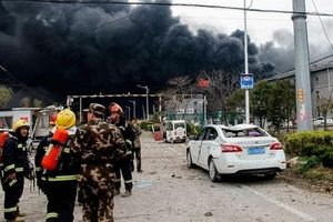 Nổ lớn ở nhà máy hóa chất Trung Quốc, hàng chục người thương vong