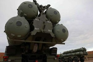 Mỹ bị chính đồng minh thách thức vì 'đòn' S-400 của Nga