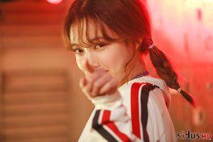 Ngẩn ngơ trước vẻ đẹp của Kim Yoo Jung: 'Thần tiên muội muội' ngọt ngào của làng giải trí Hàn Quốc
