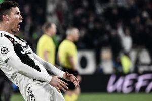 Ronaldo bị phạt hơn 20.000 đô vì bắt chước Simeone ăn mừng thô tục