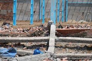 Khởi tố vụ sập tường công trình khiến 6 công nhân tử vong